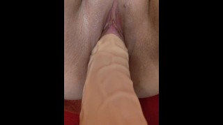 Kingkong dildo and fisting my pussy