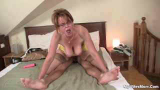 She finding old mom riding her boyfriend's cock
