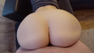 Young girl with a big ass fucks