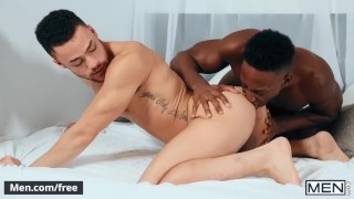 Mencom - Two interracial studs fuck hard - Beaux Banks, Liam Cyber