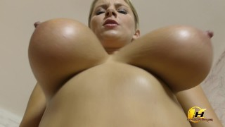 Super hot video SlowMotion jumping and bouncing boobs