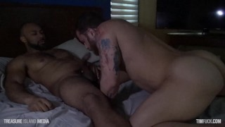 Ray Diesel Fucks Beefy Blindfolded Dude