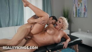 Reality Kings - Thicc Curvy Karissa Shannon gets oiled up