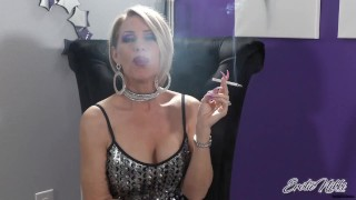 Smoke a Cigarette With Me - Nikki Ashton -