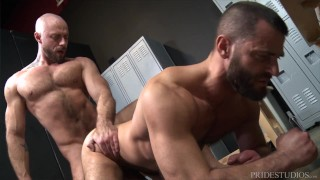 MenOver30 - Jake Morgan's Locker Room Boner