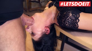 Bums Buero - Secretary Girl Make A Deep Blowjob To Her Boss - LETSDOEIT