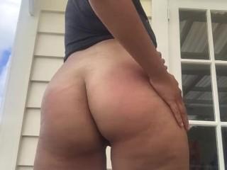 Jordyn Khaled spanks her butt Outside