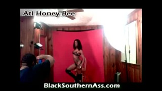 Pornstar Atl Honey Bee Came To Fake Photo Shoot