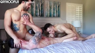 3 WAY! Hot College Guys Have AMAZING Gay Sex. HOT VIDEO