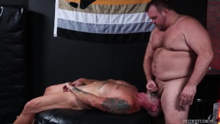 Bearback - Hearing Impaired Silver Daddy Face Fucked By Hunter Scott