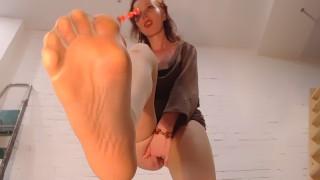 Nylon Feet - Relax