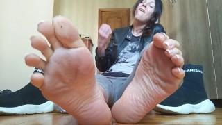 Sweaty stinky socks and soles. JOI.Countdown. Russ. accent - OlgaNovem