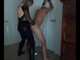 Tied to the door sucked & rimmed his ass then pegged him onerous – MIN MOO