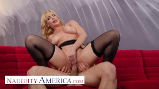 Naughty America - Dana DeArmond will satisfy Robby's Mommy issues
