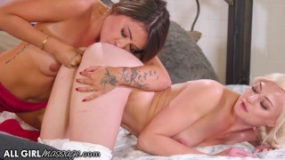 AllGirlMassage Adria Rae's Finger Skills During A Massage Gives A Scissoring Result