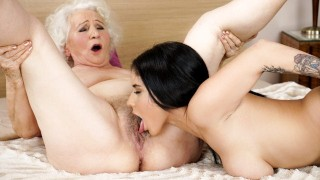 21Sextreme Hot 18yo Babe Fantasises To Fuck A GILF At The Hotel