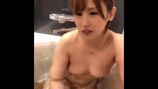 お風呂でエッチなセフレといちゃいちゃ