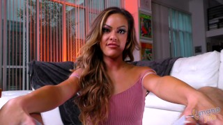GOLD DIGGER MILF Aila Donovan will JERK OFF her new STEPSON in order to KEEP her money!
