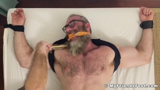 Bearded hairy hunk daddy Rick has his bare feet tickled