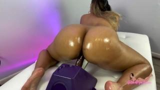 Big Oiled Latina Ass Riding Dildo And Twerking - SelenaRyan