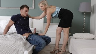 MATURE4K Cheerful mature woman walked into mans room searching for sex