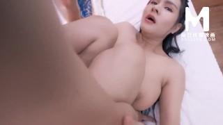 【国产】麻豆传媒作品 /巨乳古筝女的诱惑/ 精彩免费播放