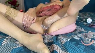 Pussy surprise - Little Nika