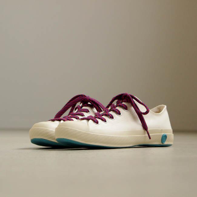 16_12_22_shoeslikepottery