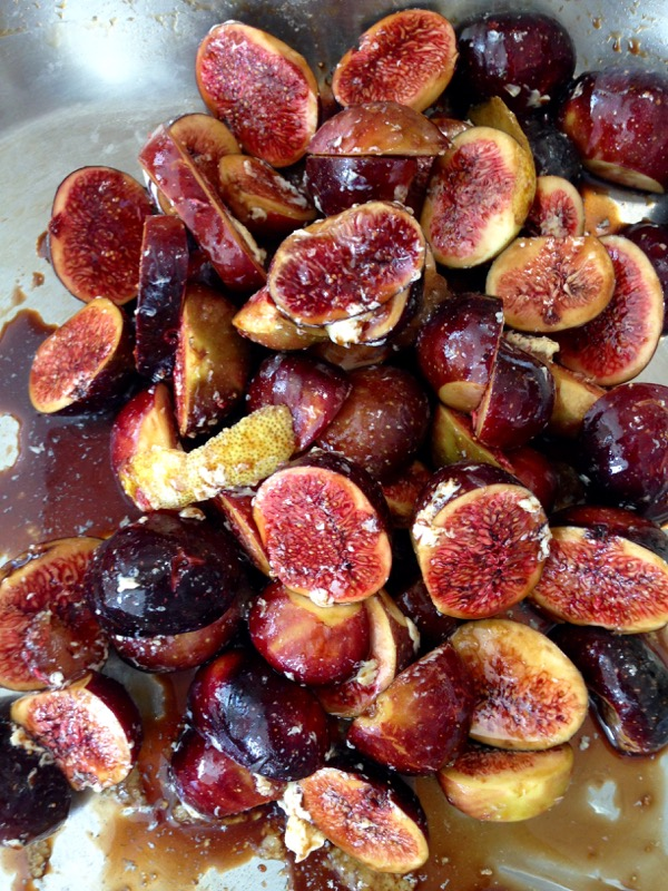 Balsamic Roasted Figs with Honey, Lemon & Vanilla - Ciao Florentina