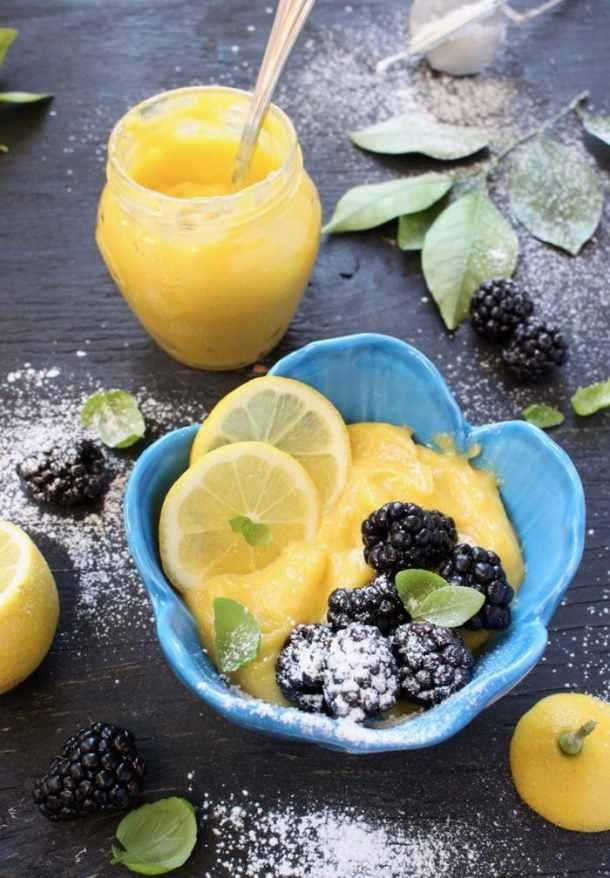 Easy Lemon Curd Filling with Berries