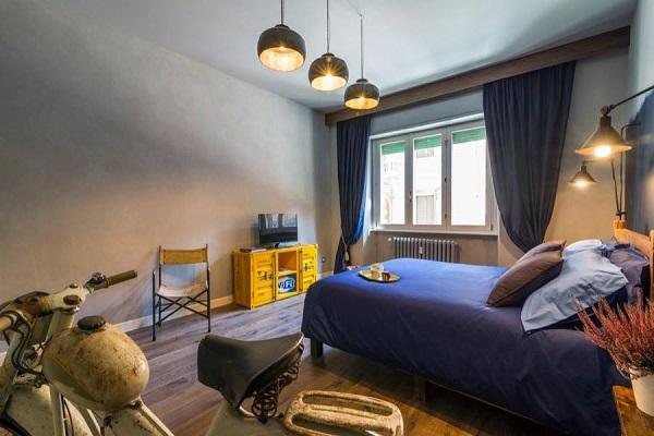 Frmi Boutique Rooms  fleurige bed  breakfast in