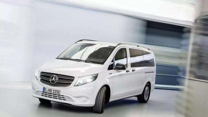 A nova van elétrica da Mercedes-Benz percorre 200 milhas com uma carga completa