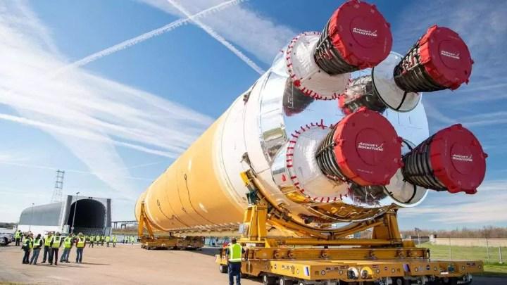 O futuro foguete monstro da NASA está mais uma vez acima do orçamento e atrasado