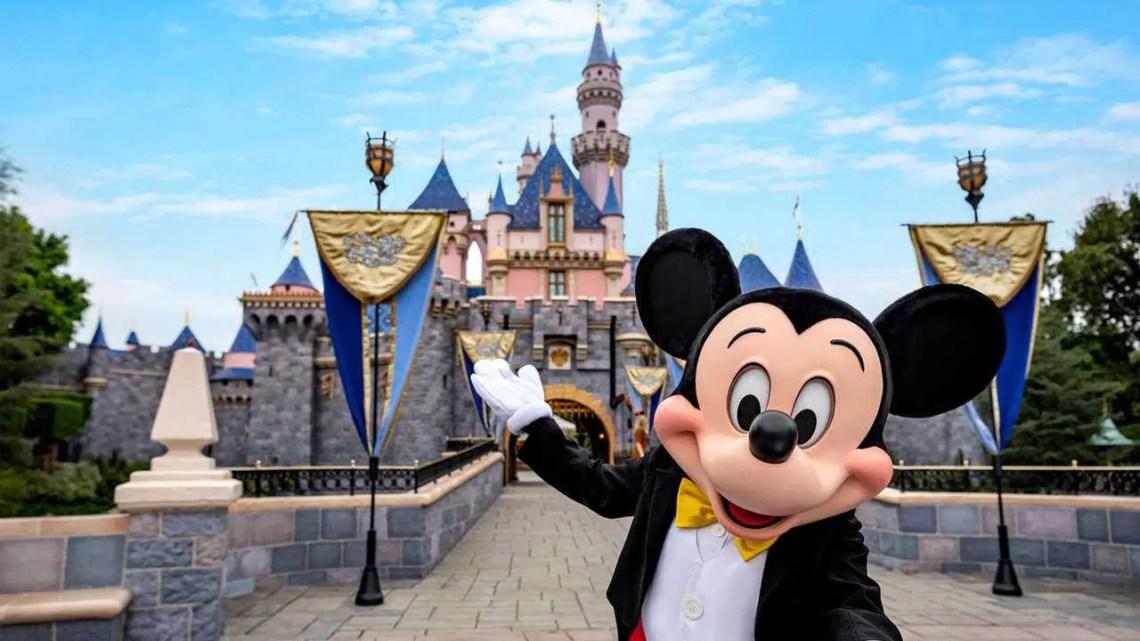 Sindicatos de funcionários da Disneylândia planejam protestar contra a reabertura