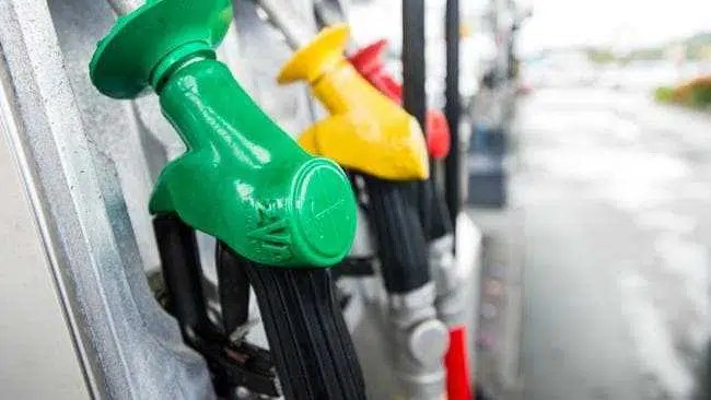 Plano polêmico para aumentar os preços da gasolina para garantir a segurança do combustível da Austrália