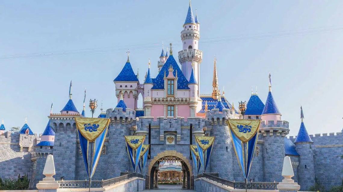Chefe da Disney 'desapontado' com os padrões de reabertura do parque temático arbitrário da Califórnia