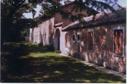 Cascina Piatti - Accesso Agriturismo AIA dalla Roggia Viscontea