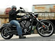 2010-victory-motorcycles-first-look-14