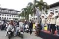 Wakil Gubernur Provinsi Jawa Barat Deddy Mizwar melepas rombongan city rolling NMAX di Jamnas pertama Indonesia Max Owners (IMO) dan Ultah pertama Bandung Nmax Community (BNC)
