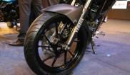 New-Yamaha-FZ25-cicak-kreatip-5