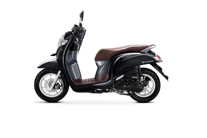 AHM Segarkan Tampilan New Honda Scoopy 2018  cicakkreatipcom