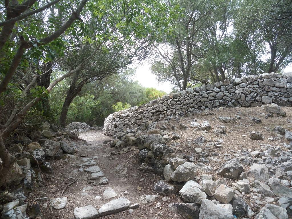 ruderi di case a noto antica