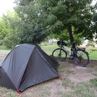 Hora de acordar e desmontar a tenda