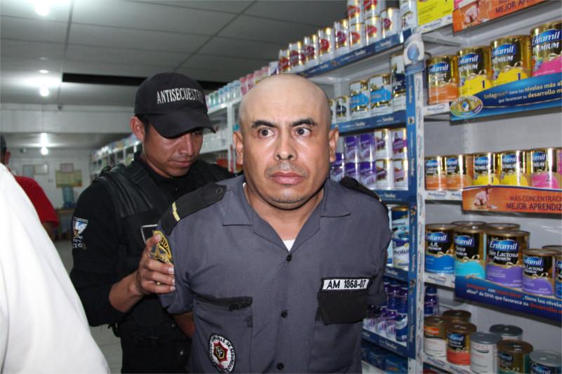 Mynor Guevara Tenas, guardia privado de seguridad que el 3 de julio de 2014 dio muerte a Patricia Samayoa, cuando cuidaba una farmacia en la zona 1 de ciudad de Guatemala.