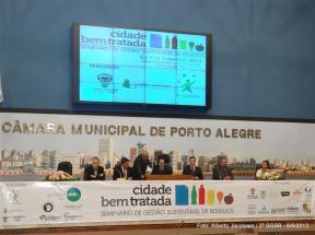 Solenidade de abertura do Seminário de Gestão Sustentável de Resíduos - Cidade bem tratada. Foto: Alberto Jacobsen / 2º SGSR - 6/6/2013