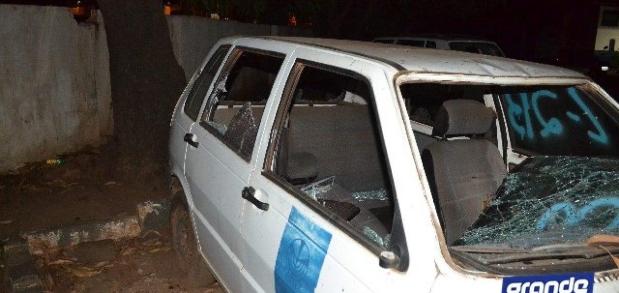 Servidor destrói veículos e móveis do EMATER em Picos