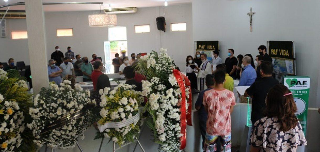 PICOS | Amigos e familiares se despedem do empresário Pascoal Silva