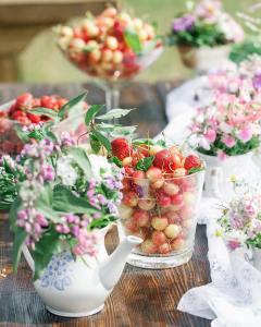 Imagem 20 – Organize em recipientes de vidros para destacar a cor da fruta.