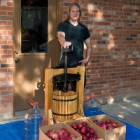 Making Hard Cider: Part One--Grinding and Pressing
