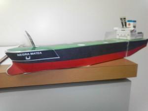 barco de PDVSA armable